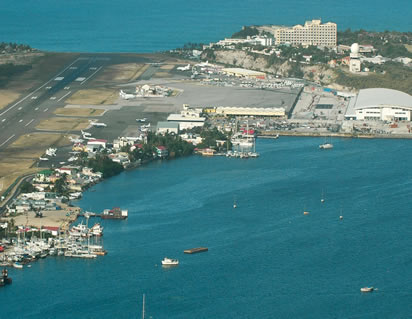 terminal_building_runway_princess_juliana_international_airport.jpg
