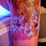 Tatuajes que brillan en la oscuridad 9