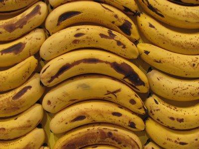 Una pared hecha con 7.200 plátanos