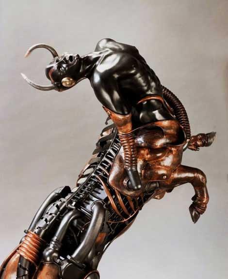 Esculturas hechas con metal