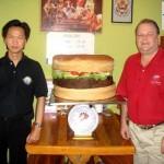La hamburguesa con queso más grande del mundo y los campeones parte 4