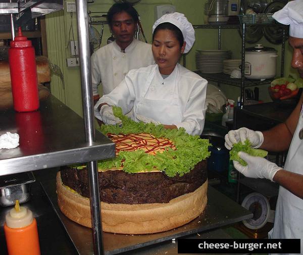 La hamburguesa con queso más grande del mundo preparándola parte 5