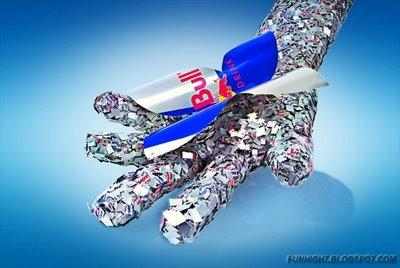 Obras de arte hechas con latas de Red Bull