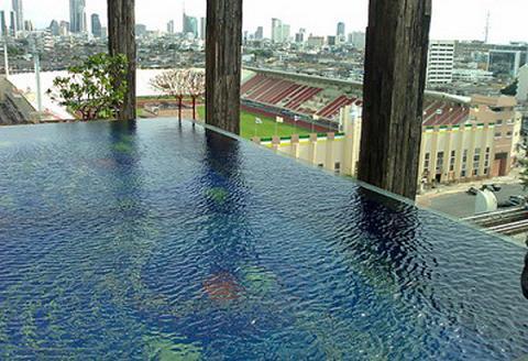 Las mejores piscinas en hoteles for Mejores piscinas