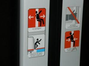 Cartel en el metro de Roma