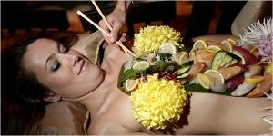 sushi mujer