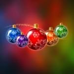 fondo escritorio navidad con bolas navideñas de colores