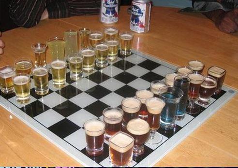 Jugar al Ajedrez con alcohol