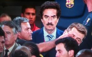 Mourinho-le-metio-dedo-ojo-Tito-Vilanova