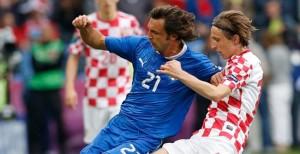 Italia empató a un gol con Croacia